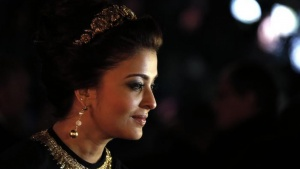 "Aishwarya Rai poses as she arrives at the evening's gala of the film ""Bombay Talkies""; celebrating a hundred years of Indian cinema, during the 66th Cannes Film Festival in Cannes May 19, 2013. REUTERS/Eric Gaillard"