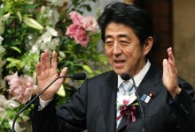 "Japan's Prime Minister Shinzo Abe delivers a speech at a dinner during the 19th International Conference on ""The Future of Asia"" in Tokyo May 23, 2013. REUTERS/Yuya Shino"