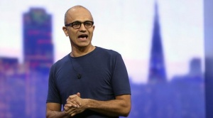 "Microsoft CEO Satya Nadella speaks during his keynote address at the company's ""build"" conference in San Francisco, California April 2, 2014. REUTERS/Robert Galbraith/Files"