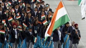 Flag bearer of India Sardar Singh leads the team into the Opening Ceremony of the 17th Asian Games in Incheon September 19, 2014.   REUTERS/Issei Kato (SOUTH KOREA  - Tags: SPORT ENTERTAINMENT)