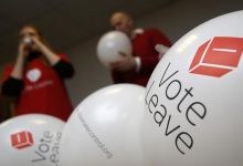 Campaign workers blow up balloons advertising the Vote Leave campaign, who want Britain to leave the European Union (EU), at their offices in London, Britain,   REUTERS/Luke MacGregor   - RTX1Z54R