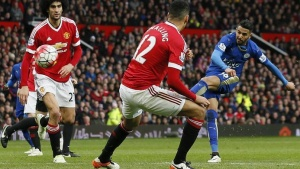 Britain Football Soccer - Manchester United v Leicester City - Barclays Premier League - Old Trafford - 1/5/16 Leicester City's Riyad Mahrez shoots Action Images via Reuters / Jason Cairnduff Livepic
