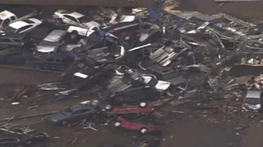 Oklahoma tornado leaves wake of tangled wreckage