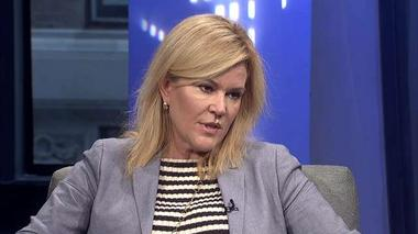 Meredith Whitney finds…and likes…the middle ground