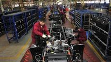 China factory sentiment shows growth pressure lurks