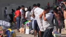 Looters run rampant, tourists stranded after Odile slams Mexico's Baja