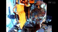 Russian cosmonauts kick off final spacewalk of 2014