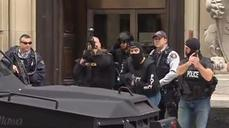 Soldier shot dead in Ottawa, police lock down city center