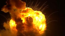 Journalist captures moment of Antares rocket explosion