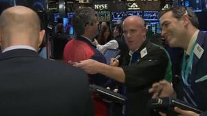 Stocks gain six weeks in a row
