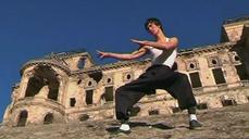 "Afghanistan's Bruce Lee ""reincarnation"" becomes Internet sensation"