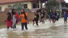 Thais warned of more flooding