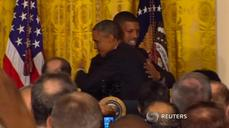 Obama gets sporty intro as 'point guard of Pennsylvania Avenue'