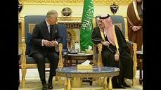 Britain's Prince Charles, PM Cameron, in Saudi Arabia to offer condolences