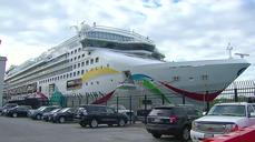Cruise ship returns to Boston after Bermuda mishap