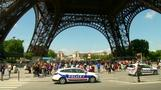 Eiffel Tower staff strike in protest at pickpockets