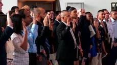 New U.S. citizens take oath of allegiance