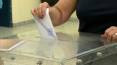 Polls open in crunch Greece vote