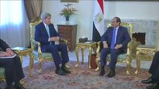 U.S. and Egypt renew ties during Kerry visit to Cairo