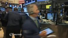 Investors cheer strong economic data