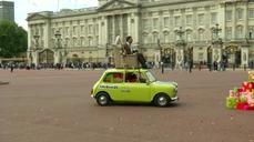 With Teddy by his side, Mr Bean fetes 25 years with London drive