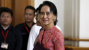 Suu Kyi allies sworn into Myanmar parliament
