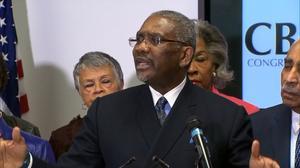Congressional Black Caucus endorses Clinton