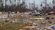U.S. southern states pounded by deadly storms