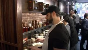 Stand-up steakhouse debuts in New York