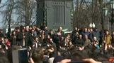 Thousands protest against corruption in the Russian capital