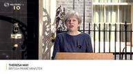 英国首相要求6月8日提前大选
