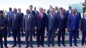 G7 leaders, outreach nations pose for group photo