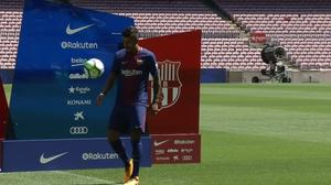 Paulinho on show for Barcelona