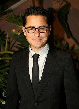Director J.J. Abrams arrives at the Children Defense Fund's 16th Annual 'Beat the Odds' Awards in Los Angeles October 12, 2006. After months of speculation, ''Mission: Impossible III'' director Abrams has signed on to shoot the next installment of the ''Star Trek'' feature franchise, sources said late Friday. REUTERS/Max Morse