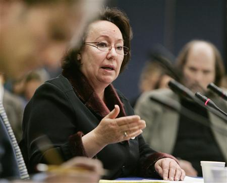 Canadian Inuit activist and Nobel Peace Prize nominee Sheila Watt-Cloutier speaks at the Organization of America States about climate changes in the Arctic region during her presentation in Washington March 1, 2007. Watt-Cloutier maintains the fallout from the changes constitutes a violation of human rights for indigenous people in low-lying areas throughout the world. REUTERS/Larry Downing