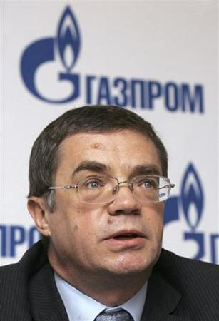 In this file photo Alexander Medvedev, Russian gas monopoly Gazprom's deputy Chief Executive and head of its export arm Gazexport, speaks during a news conference in Moscow January 17, 2007. Gazprom and Italian oil firm Eni unveiled a plan on Saturday for a big new pipeline to take Russian gas under the Black Sea to Europe, undermining an earlier plan to extend a Turkish route. REUTERS/Sergei Karpukhin