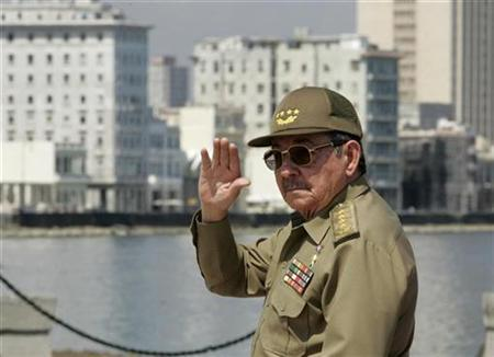 Cuba's acting President Raul Castro in Havana, June 13, 2007. Raul Castro has kept Cuba stable and its economy growing in his first year in charge since his brother Fidel Castro was forced to step aside, but he has not delivered the reforms many Cubans hoped for. REUTERS/Enrique De La Osa