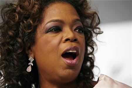 Oprah Winfrey arrives to attend the 2007 CFDA Fashion Awards in New York, June 4, 2007. Talk might be cheap, but Oprah is not, topping a list of the highest paid television stars in the United States. REUTERS/Lucas Jackson