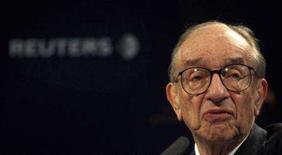 <p>Ex-chairman do Federal Reserve,Greenspan, na sede da Reuters em Londres. O destino da economia global depende do que vai acontecer aos preços de moradias nos Estados Unidos e isso pode não ser uma boa coisa, afirmou Alan Greenspan. 1o de outubro. Photo by Kieran Doherty</p>