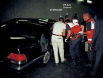 <p>Mercedes em que estavam a princesa Diana e Dodi al-Fayed no dia 31 de agosto, quando ambos sofreram o acidente fatal em Paris, em foto de divulgação. Há a possibilidade de que fique para sempre sem resposta a pergunta sobre se a princesa Diana estava ou não grávida quando morreu ao lado de Dodi al-Fayed, em uma colisão de carro em Paris, afirmou o juiz responsável pelo processo investigativo a respeito da morte dos dois. Photo by Reuters (Handout)</p>