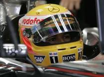 <p>Piloto da McLaren Lewis Hamilton dentro do carro durante treino livre para o GP do Brasil de Fórmula 1, nesta sexta-feira, em INterlagos, São Paulo. Photo by Sergio Moraes</p>
