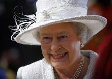 <p>Fortalecida, rainha Elizabeth celebra 60 anos de casamento em Londres. Até os republicanos admitem que acabar com a monarquia britânica continuará sendo uma tarefa quase impossível enquanto a rainha Elizabeth 2a continuar à frente da Casa de Windsor. 19 de novembro. Photo by Kieran Doherty</p>