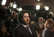 "<p>Jason Reitman, who directed the movie ""Juno"", poses at the movie's premiere at the Village theatre in Westwood, California December 3, 2007. The movie opens in the U.S. on December 5. REUTERS/Mario Anzuoni</p>"