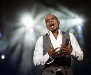 "<p>Kirk Franklin performs during the concert ""Rebuilding the Soul of America - One Year Later"", dedicated to the victims of Hurricane Katrina, in New Orleans, Louisiana, August 29, 2006. Franklin has forged a successful career creating cutting-edge gospel music that hits his audiences where they live. He does so again on ""The Fight of My Life,"" due in stores December 18. REUTERS/Carlos Barria</p>"