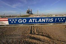 <p>A Nasa cancelou sua segunda tentativa de lançar o ônibus espacial Atlantis, depois de um sensor de um sistema de desligamento emergencial do motor apresentar mau funcionamento novamente no domingo. Foto no Cabo Canaveral, Flórida (EUA), 6 de dezembro. Photo by Reuters</p>