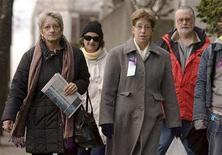 <p>Family members of women murdered by convicted killer Robert Pickton arrive at the court house in New Westminster, British Columbia December 11, 2007. Family are (L-R): Lillian Beaudoin, Judy Trimble, Lynn Frey and Rick Frey. REUTERS/Andy Clark</p>