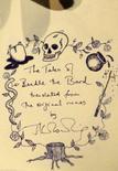 <p>Um livro ilustrado sobre magia escrito à mão por J. K. Rowling, autora da série Harry Potter, foi arrematado pelo preço recorde de 3,98 milhões de dólares em um leilão em Londres na quinta-feira, superando 40 vezes seu preço estimado. Photo by Alessia Pierdomenico</p>