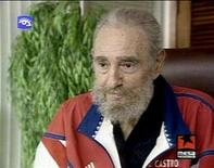 <p>Television footage shows Cuban leader Fidel Castro speaking during a state television broadcast September 21, 2007. Castro suggested on Monday that he will not hold on to power or obstruct the rise of younger leaders, in a letter read on Cuban television. REUTERS/via REUTERS TV</p>