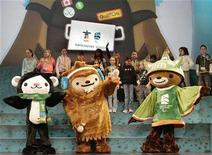 <p>Vancouver 2010 Olympic Mascots, Quatchi (C), a sasquatch, Miga (L), a sea bear and Sumi, an animal spirit are unveiled in Surrey, British Columbia, November 27, 2007. REUTERS/Lyle Stafford</p>