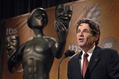 <p>Screen Actors Guild President Alan Rosenberg opens the announcements of the nominations for the 14th annual Screen Actors Guild Awards in West Hollywood, California, December 20, 2007. REUTERS/Phil McCarten</p>